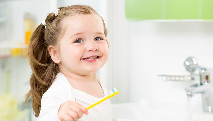 اسنان الاطفال - نصائح للعناية باسنان الاطفال